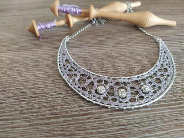 Klekljana ogrlica Luna