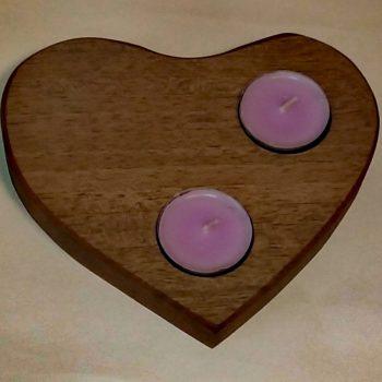 Lesen svečnik srce